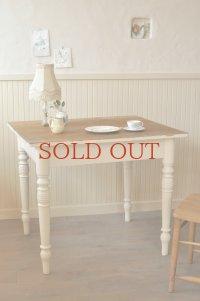 フレンチカントリー テーブル
