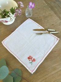 フランス お花の刺繍がかわいい テーブルセンター